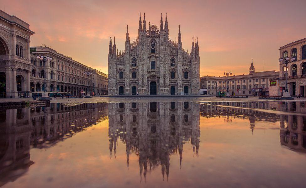 Alba-in-Piazza-Duomo-Milano